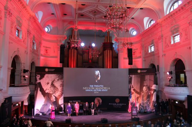 Nelson_Mandela_Annual_Lecture_2014_-_singer_680_453_80_s